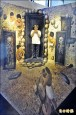 3D模擬躺岩棺 公園主任高呼「升官發財」
