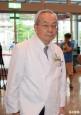 恩師卸任亞東醫院院長 柯P親自到場觀禮