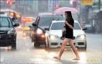 西南氣流影響 各地今仍要留意大雨