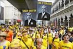 大馬總理涉貪 20萬人吉隆坡示威