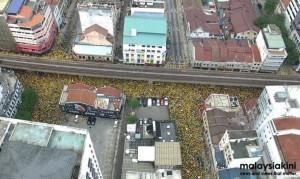 馬來西亞20萬人示威 警方秋後算帳傳喚前總理等人