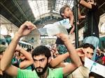 匈牙利火車停駛 阻移民進德奧