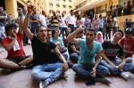 佔領環境部 黎巴嫩群眾遭警毆打驅離