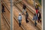 難民入侵法邊境軌道 歐洲之星停擺