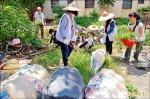 《清除孳生源》家扶青年助打掃 飯店業水池抽乾