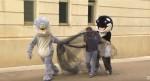 鯨鯊人偶街頭惡搞  竟是為了...