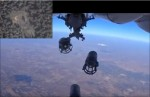 俄軍持續轟炸IS 清晰投彈影像曝光