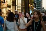 中國遊客湧入南韓 自拍神器伸入民宅擾民