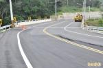 拓寬改建完工5個月 道路竟下陷龜裂