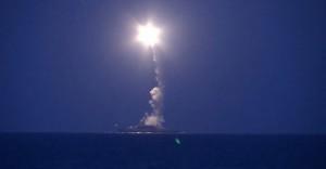 不是說好空襲敘利亞?傳4枚俄導彈射入伊朗境內