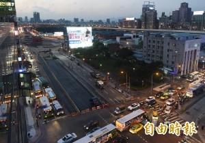忠孝橋引橋拆除提前完工 明早8時全線通車