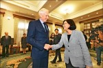 AIT新任主席 拜會蔡英文》莫健:美對台支持越來越高