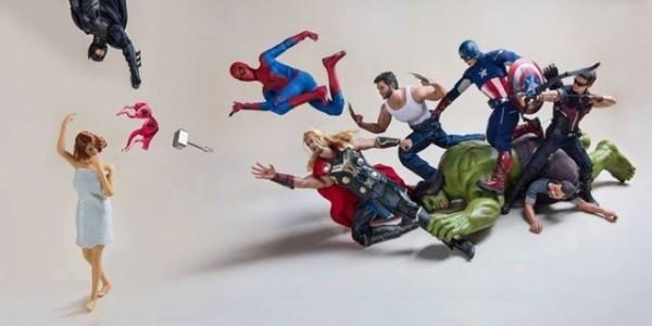 看了開心!漫威超級英雄打群架搶胸罩