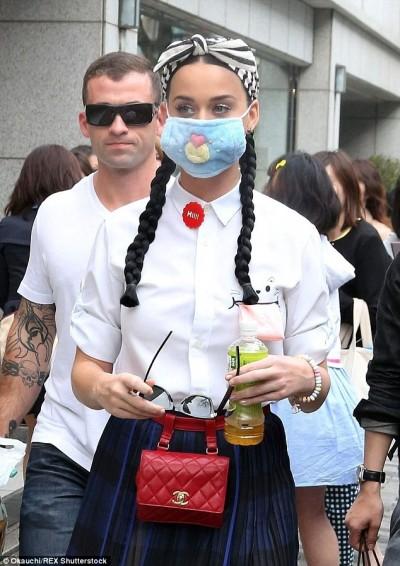 凱蒂佩芮世界巡迴演唱   樂當日本學生妹