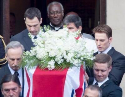 劇透警報!美國隊長參加了XX的喪禮