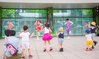 台北文創玩科技 和泡芙姊姊熱舞