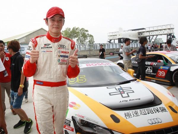 姚元浩GT賽二度熄火 吊車尾出發拚過3輛車