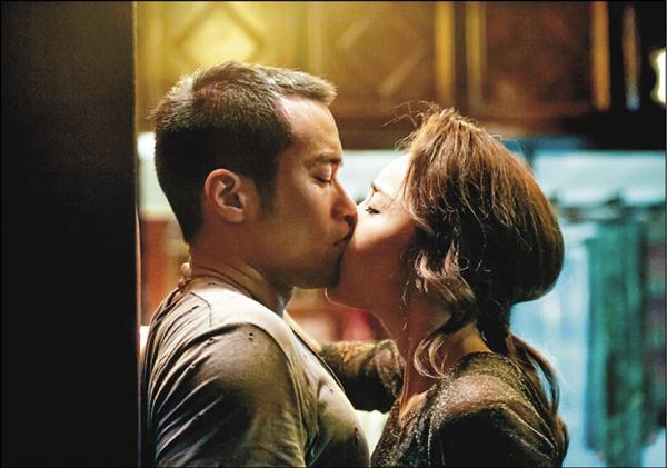 隋棠壁咚強吻 張孝全嚇到撞頭