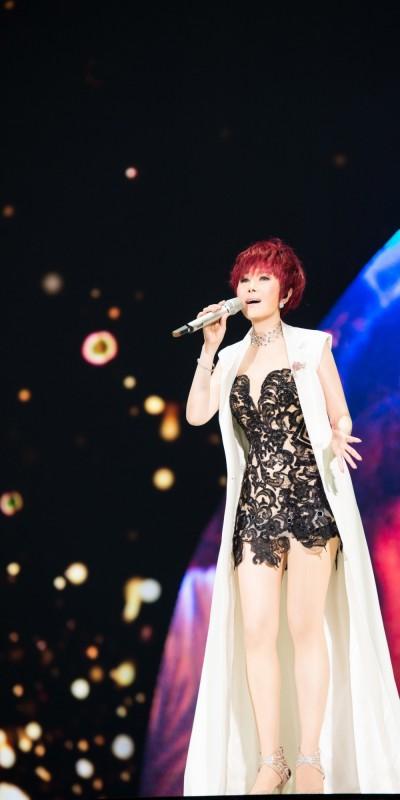 江蕙故鄉高雄開唱 嘉賓讓她「賺很大」!