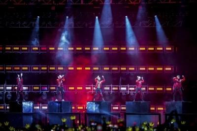 2mins完售!BIGBANG加場 1萬張票3.6萬人瘋搶