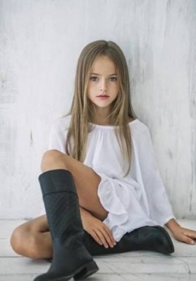 真人?繪圖?俄9歲小女模太美了
