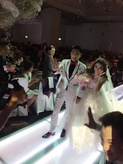 (圖多)馮媛甄嫁豪門夫  婚宴未辦先上醫院