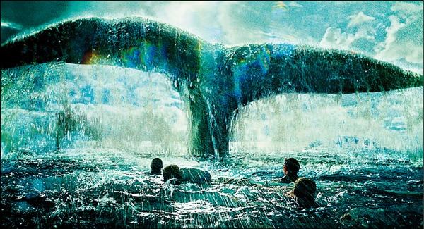 雷神「飢」戰白鯨 自討苦吃 - 克里斯捧著劇本找導演朗霍華合作 漂流怒海成紙片人