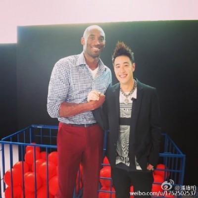 球星Kobe宣退休  潘帥PO合照喊「我哭了」