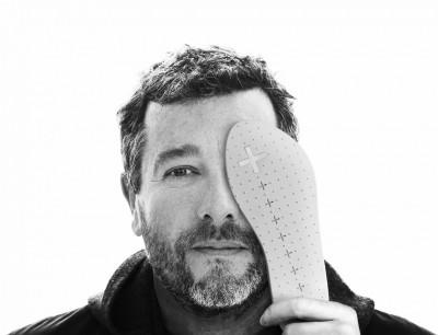 Philippe Starck加持 人字拖變得好時尚