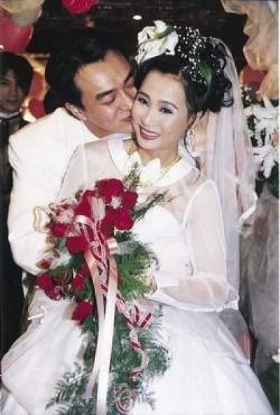 昔日驚世夫妻7年後巧遇 馬妞父母過世馮光榮說恭喜