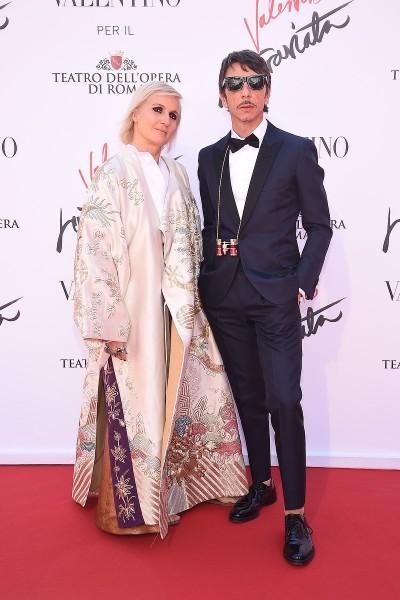 歌劇也很「蝦趴」 Valentino讓茶花女伶變時尚了
