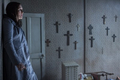 (贈票)《厲陰宅2》恐怖再臨 逆十字架的意思是…