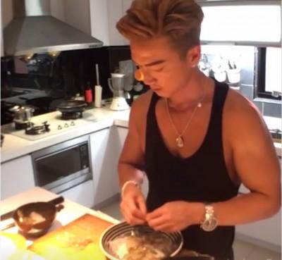 李沛旭露肌肌下廚 「煮給我在乎的人」