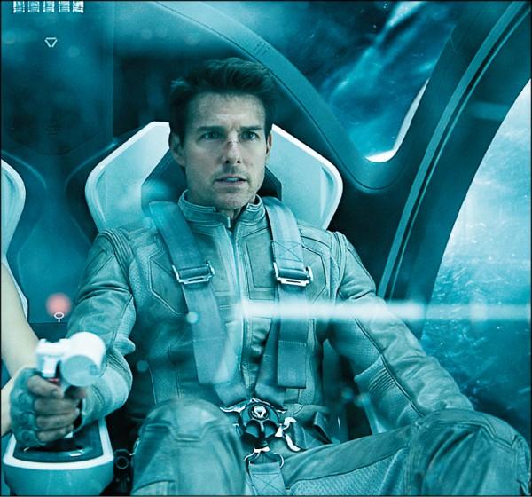 阿湯哥曾受NASA密訓  險搭上死亡太空梭