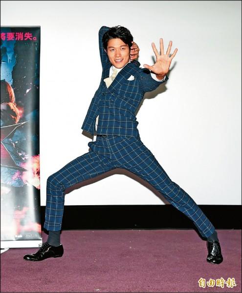 鈴木亮平「屌招」玩真的   打敗坎城影帝