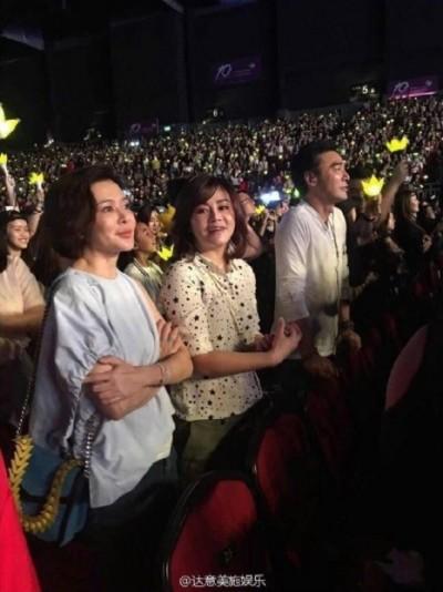 BIGBANG音浪太強 關之琳鍾鎮濤都站起來啦!