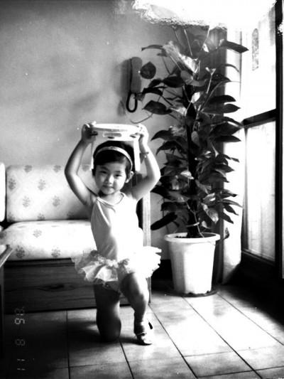 Selina曝光幼年照 堅持夢想從小開始