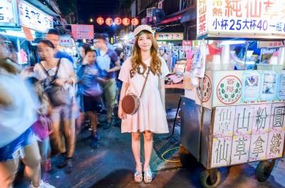 (影音)泡菜妹Juniel初體驗 夜市暴衝90分鐘