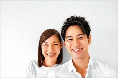 妻夫木聰正式登記  混血嬌妻蜜談新婚生活