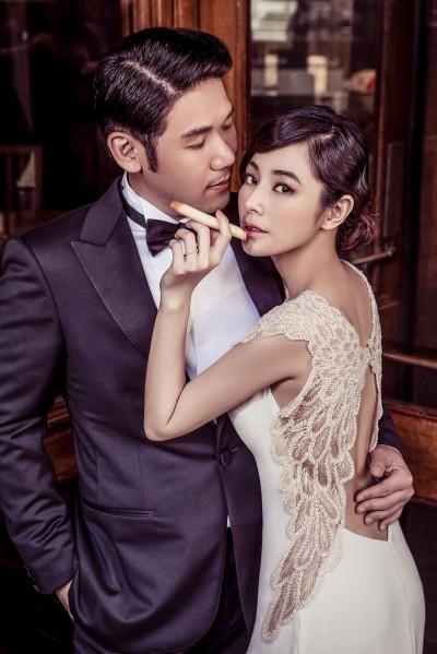 超甜蜜!陳怡蓉曬婚紗  老公禮服太奢華了吧