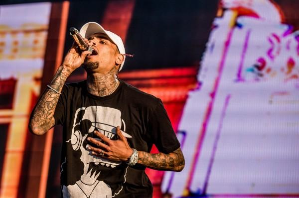 美饒舌歌手克里斯小子  持致命武器威脅他人遭逮捕
