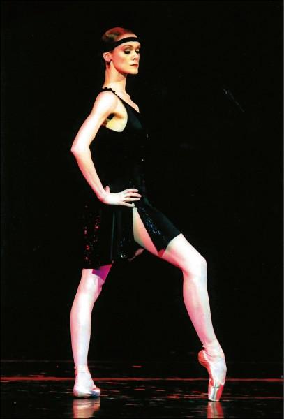 蘿蔔腿變長腿天鵝   《芭蕾伶娜》逆轉勝