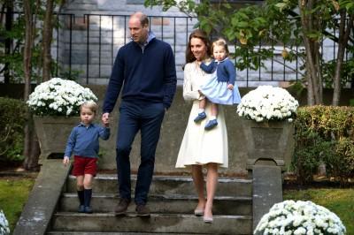 威廉王子全家跑趴 16個月大公主開金口賣萌