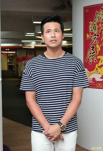 陳國華老家被砸喊告 鄰居反控:門口堆雜物曬蘿蔔乾