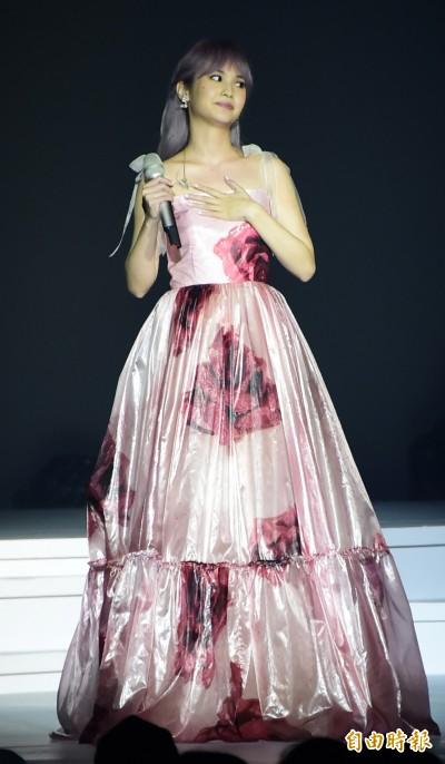 (影音)楊丞琳今晚沒觀眾 唱到李榮浩哽咽哭哭