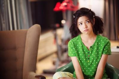(影音)陳妍希喜接爆笑片 扮超土年輕媽媽帶兒尋父