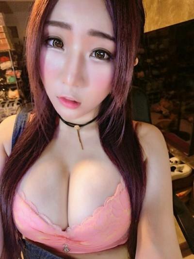 靜香秀泰國老闆合照賣面膜  網友神出「本尊」打臉