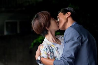 曾沛慈拍吻戲  爆料鍾承翰很會「抓角度」