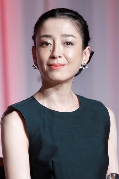 宮澤理惠愛情事業雙贏 情人節黏「V6」森田剛甜蜜泡湯