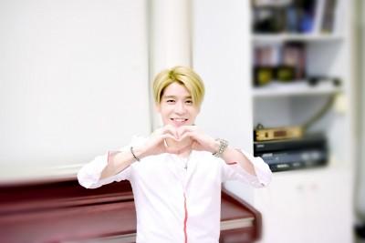 元祖偶像「水晶男孩」姜成勳生日趴    貼心為粉絲做這件事